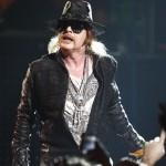 Guns'n'Roses_2-21-12_Fillmore D024
