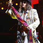 Aerosmith_6-19-12_Cleveland-Q037