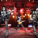 Kiss_9-6-12_DTE057