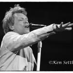 Bon Jovi_3-9-13_Cleveland-Quick578bw