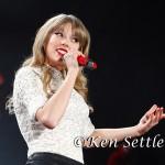 Taylor Swift_5-4-13_Ford Field017