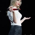 Taylor Swift_5-4-13_Ford Field026