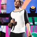 One Direction_7-12-13_Palace064