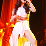 Selena Gomez_11-26-13_Palace043