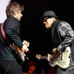 Eric Johnson w. Eric Gales_Ex. H._4-3-14_Fox (8)